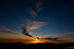 atardece en Roque Nublo (Cani Mancebo) Tags: sunset grancanaria landscape atardecer paisaje nubes monte islascanarias roquenublo canimancebo