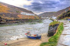 River harbour (Shertila Tony) Tags: panorama weather clouds river europe cornwall day village cloudy britain scenic overcast hills valley nationaltrust hdr boscastle rivervalency valencyvalley forraburyandminster