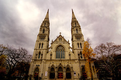 St Paul Cathedral (pixelquest) Tags: fall architecture pittsburgh cathedral cloudy