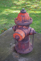 (Shane Henderson) Tags: old red chains rusty dirty firehydrant worn weathered distressed northpark mccandlesstownship