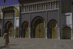 La grandezza dell'Impero (Paolo Cinque / www.paolocinque.it) Tags: nikon morocco fez maroc marocco maghreb palazzoreale fès d90 royalpalaceoffez palazzorealedifez الله،الوطن،الملك fassiroyalpalace