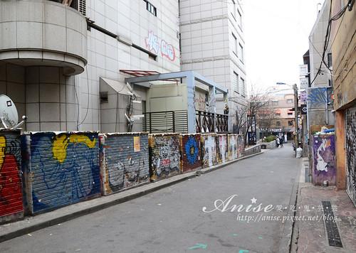 01弘大畢卡索街021.jpg