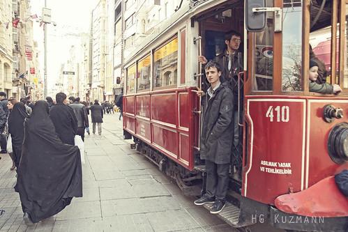 Calle Comercial. Barrio Galata. Istambul. Marzo 2011