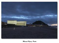 La Zurriola y los cubos (Galera de Manuel Rguez. Prieto) Tags: atardecer nikon playa sansebastian moneo donostia cubos urgul lazurriola