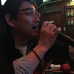 今夜も和田アキ子「あの鐘を鳴らすのはあなた」の節で、この店のぉ〜金を払うのはあな〜た〜🎵