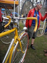 Yellow Love (Shu-Sin) Tags: bicycle auction meat swap velo copake 650b ducheron rducheron