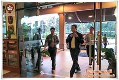 โรงแรมในบุรีรัมย์,  ยินดีต้อนรับรัฐมนตรีว่าการกระทรวงวิทยาศาสตร์และเทคโนโลยี ดร.พิเชฐ ดุรงคเวโรจน์ และ คณะ กับ Welcome drink น้ำอัญชันกับน้ำใบเตยเย็นๆ รีสอร์ทที่พักบุรีรัมย์, โรงแรมพนมรุ้งปุรี ติคโฮเทลแอนด์รีสอร์ทสไตล์ขอม