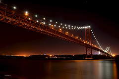 Ponte 25 de Abril, a noite - Lisboa (G.hostbuster (Gigi)) Tags: bridge night lisboa ghostbuster gigi49