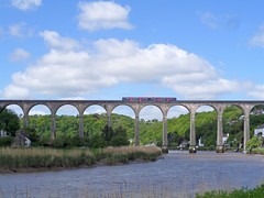 150124 crosses Calstock Viaduct (Marky7890) Tags: station train cornwall railway calstock sprinter dmu tamarvalleyline fgw class150 150124 2p84