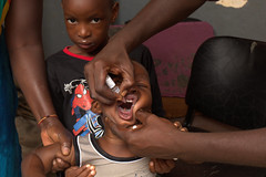 UNICEF and partners go door to door throughout Guinea (unicefguinea) Tags: unicefguinea conakry guinea photocredittimothylarose polio unicef
