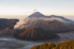 Gn.Bromo (WonderAkira51) Tags: caldera volcano crater peak alpenglow mountain