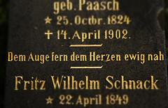 (michael_hamburg69) Tags: hamburg germany deutschland ohlsdorf friedhof cemetery ohlsdorferfriedhof demaugeferndemherzenewignah grabstein grabmalbrahmsschnack grabmal tombstone