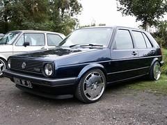 VW Golf 2 (911gt2rs) Tags: event treffen meeting show youngtimer tuning tief low stance mk2 rabbit dub porsche wheels felgen gullideckel 928 blau blue
