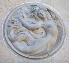 2824Fall16 (Robin Constable Hanson) Tags: santabarbara spanishcolonialrevival architecture beige courthouse horizontal mermaid relief statue wall