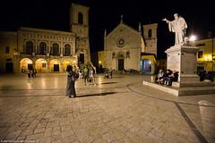 Piazza San Benedetto di Norcia (angelocesta) Tags: norcia castelluccio di viaggio notte piazza centro piana fiori monti sibillini