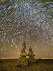 The spinning world (GC - Photography) Tags: nocturna night estrellas stars circumpolar rocas rocks tenerife canarias canary island espaa spain naturaleza nature olympus startrail gcphotography