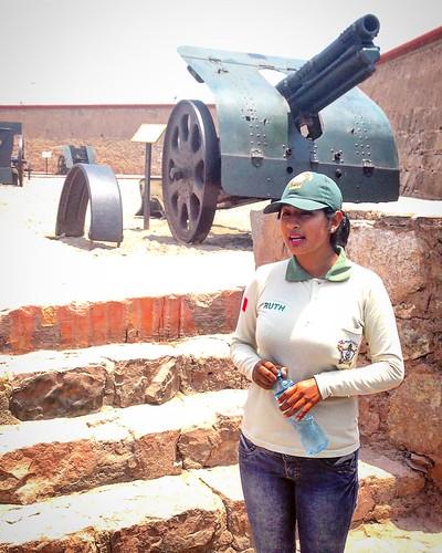 Ruth, guía del Real Felipe - Callao, Perú