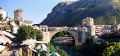Old city and Old bridge - MOSTAR - BOSNA I HERCEGOVINA (Rostam Novk) Tags: bridge old mostar bosna hercegovina neretva river city