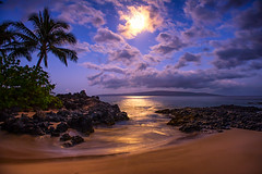 Moonlight (mojo2u) Tags: ocean beach hawaii cove secretbeach maui moonlight makena weddingbeach nikon2470mm nikond700