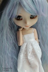Happy birthday dear!  (.PinkApple.) Tags: cute eyes doll sweet marlene wig romantic groove pullip kirakira obitsu eyechips junplanning pinkapple rewigged rechipped neoangelique canoneos1100d kirakiraglasscabochoneyes cosmicgray