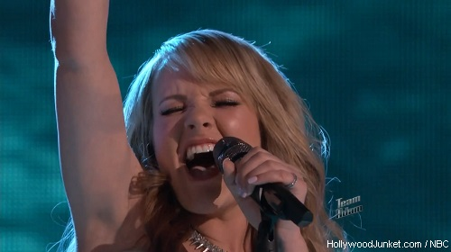 "Amber Carrington ""Breakaway"" – THE VOICE Live Show Night Two Video"
