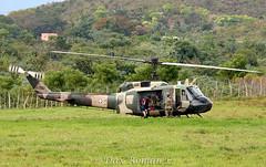 Bell 205 UH-1H Huey II, FAD 3067 (Dax M. Romn) Tags: republicadominicana fad uh1h bell205uh1h fuerzaaereadominicana daxroman
