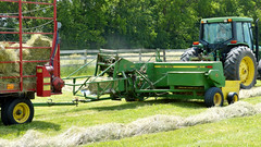 Rolling Oaks Farm - Hay Baling (basicbill) Tags: field illinois farm harvest equipment machinery fields farmer hay agriculture wwwbasicbillcom