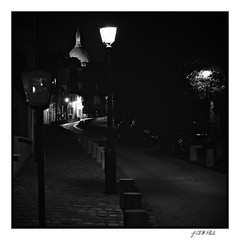 Night (d200d700) Tags: paris aperture fuji montmartre fujifilm fujinon labutte xpro1 fujixpro1 fujinon35mm14 vsco2aperture