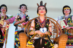 _NRY5455 (kalumbiyanarts colors) Tags: sabah cultural dayak murut murutdance kalimaran2104 murutcostume sabahnative