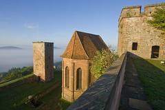 Château de Lichtenberg (routedeschateauxdalsace) Tags: fort route ciel alsace nuages château lichtenberg forteresse châteaux médiéval seigneurs