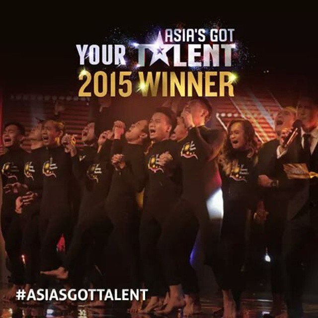 MAGDIWANG MGA PILIPINO.  Di nasayang ang VOTE ko sa kanila.. They deserve it.   EL GAMMA PENUMBRA for the Win.  (credits to) Asias Got Talent