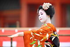 Maiko performance (Teruhide Tomori) Tags: portrait woman festival japan lady dance kyoto performance event maiko   tradition japon odori    canonef300mmf28lis  canoneos5dmark