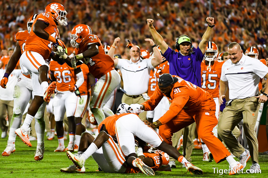 Clemson Photos: Brent  Venables, Marcus  Edmond, 2016, Football, Louisville