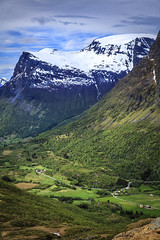 172753_CB_1002 (aud.watson) Tags: europe norway romsdal strada geiranger geirangerfjorden mountains snow valley farm