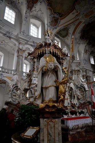 Staffelstein (Alemania). Basilica Vierzehnheiligen. Templete de los 14 Santos. San Dionisio