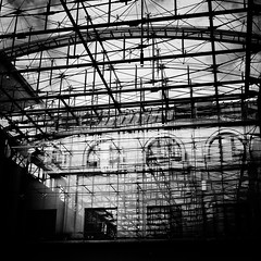 glass roof (s_inagaki) Tags: glass roof reflection station helsinki finland snap blackandwhite bnw bw
