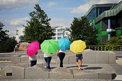_MG_3227c - 26-05-2016 (hippo1107) Tags: trier universitt unitrier universitttrier studium studieren student studierende may mai 2016 sommer schirm umbrella frauen mdels mdchen damen canoneos70d canon eos 70d