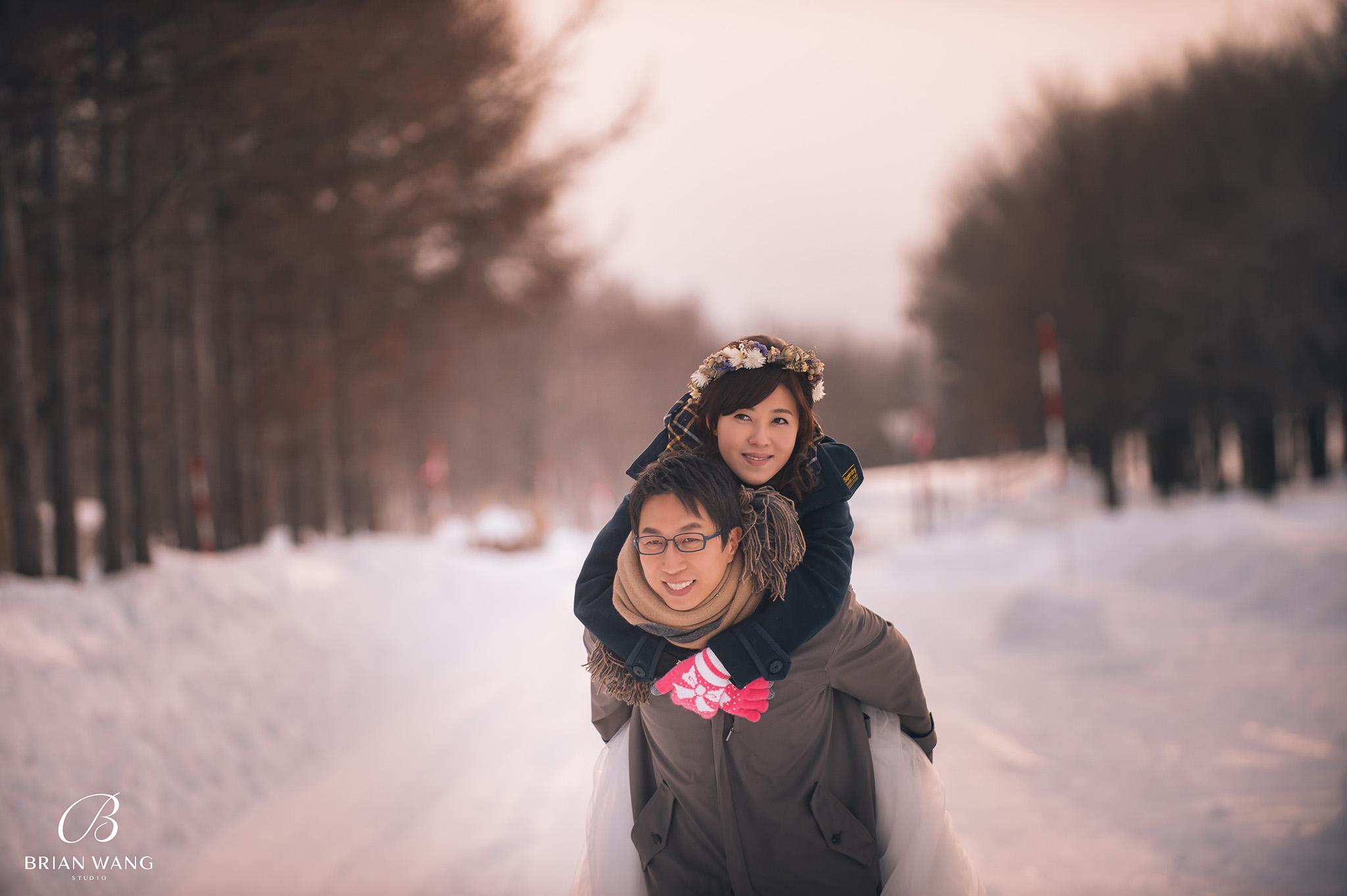 '北海道自助婚紗,北海道婚紗攝影,北海道雪景婚紗,海外婚紗價格,雪景婚紗,拍和服,北海道海外婚紗費用,伏見稻荷,札幌,2048BWS_7371'