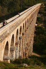Acueducto de Tarragona (7) (calafellvalo) Tags: rome arc aqueduct romano acueducto bara arco tarragona romans césar triunph tarraco patrimonio pontdelesferreres pontdeldiable ferreres patrimoniodelahumanidad acueductoromano tàrraco barà escipiones acueductodetarragona tarragonatarracotàrracoromamonumentosbaràaugustaanfiteatrocirco tarragonatarracoacueductoaqueducteferreraspuenteromadiablo aqueductanfiteatroromatriunfo baràromanoscalzadaciteriorarctriumphromeromansamphitheatrecalafellvalo