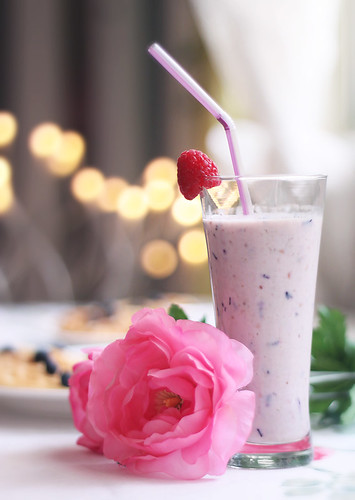 Raspberry and Blueberry Smoothie.