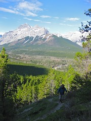 G8 Summit Scramble 5 (benlarhome) Tags: mountain canada montagne trekking trek kananaskis rockies spring hiking hike alberta rockymountain rockymountains scramble g8 gebirge scrambling mtkidd