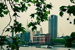 hidden (lubats) Tags: england london tower skyline skyscraper canon dof bokeh pov shard londra oxo canoniani canonisti canoneos1000d mygearandme