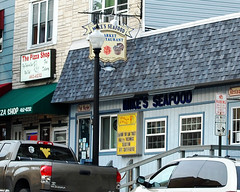 Mike's Seafood (fotophotow) Tags: pennsylvania pa schuylkillcounty