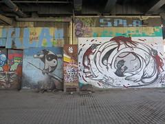 IMG_3906 (Mud Boy) Tags: españa streetart river graffiti sevilla spain guadalquivir mural europe seville andalusia yinyang raven yinandyang 阴阳 陰陽 yīnyáng canaldealfonsoxiii estacióndeautobusesplazadearmas estacionesdeautobuses iberianpeninsulainsouthwesterneurope plazadearmasestacióndeautobusessevilla autobusesplazadearmas puentedelcristodelaexpiración41001sevillaspain spanningtheriverguadalquivirandrepresentsthenaturaloutletofthecitytothealcorandtheprovinceofhuelvawasbuiltin1991 puentecristoexpiracion puentedelcristodelaexpiraciónsevilla urbanbridgeinthecityofsevilla meandrodesanjerónimo