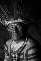Kayapo (guiraud_serge) Tags: brazil portrait brasil amazon tribes indios brésil amazonia amazonie tribos kaiapo tribus kayapo indiensdamazonie sergeguiraud jabiruprod amazonsindians