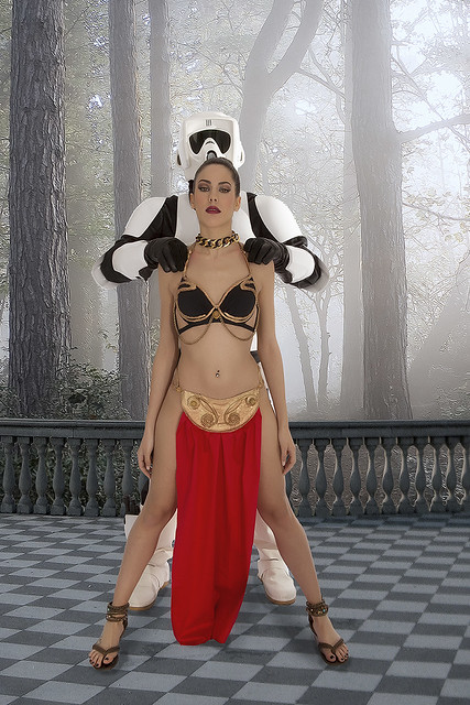 Star Wars-Leia slave 2