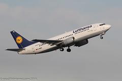 D-ABEE - 1991 build Boeing B737-330, as Lufthansa B737 operations wind down Echo Echo departs Manchester (egcc) Tags: 2084 25216 b733 b737 b737300 b737330 boeing dabee dlh egcc lh lightroom lufthansa man manchester ringway staralliance ulm