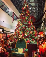 Santa's Workshop at Oakridge Mall  #karenhansenphotography #santasworkshop (KarenHansen.com) Tags: instagramapp square squareformat iphoneography uploaded:by=instagram mayfair christmas santa santasworkshop karenhansenphotography vancouver oakridgecentre
