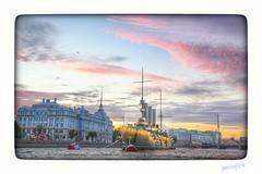 Buque de metal, Rio Neva, San Petersburgo / Metal vessel, Neva River, St. Petersburg. (rrnavero) Tags: sanpetersburgo rusia rioneva barcos ciudad airelibre canoneos6d canon1635lf4is jessmaramartn