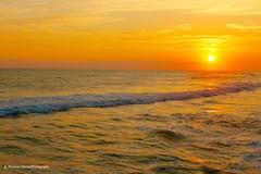 Sunset at Los Farallones, El Salvador (ssspnnn) Tags: sunset pordesol entardecer atardecer puestadelsol crepusculo mar oceano pacificocean elsalvador spnunes snunes pereiranunes nunes canoneos70d playa praia beach